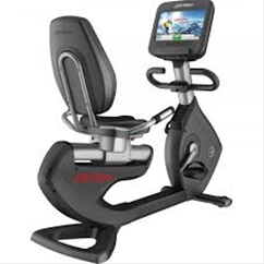 Life Fitness Platinum Club Series Recumbent Bike w/ 16 Discover SE Touch Screen